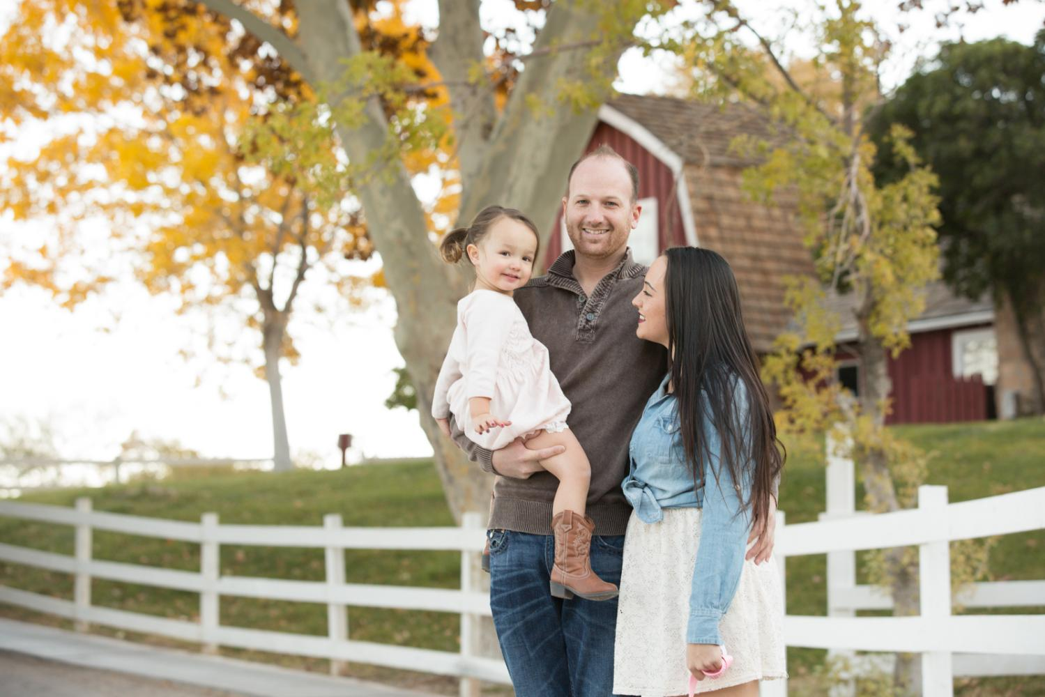 Family_Portraits_2Q==-3