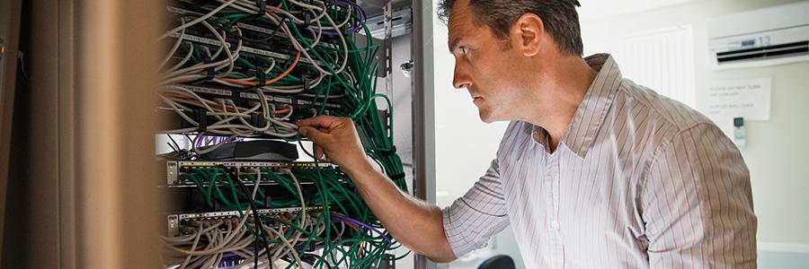 img-data-backup-iStock-878339600