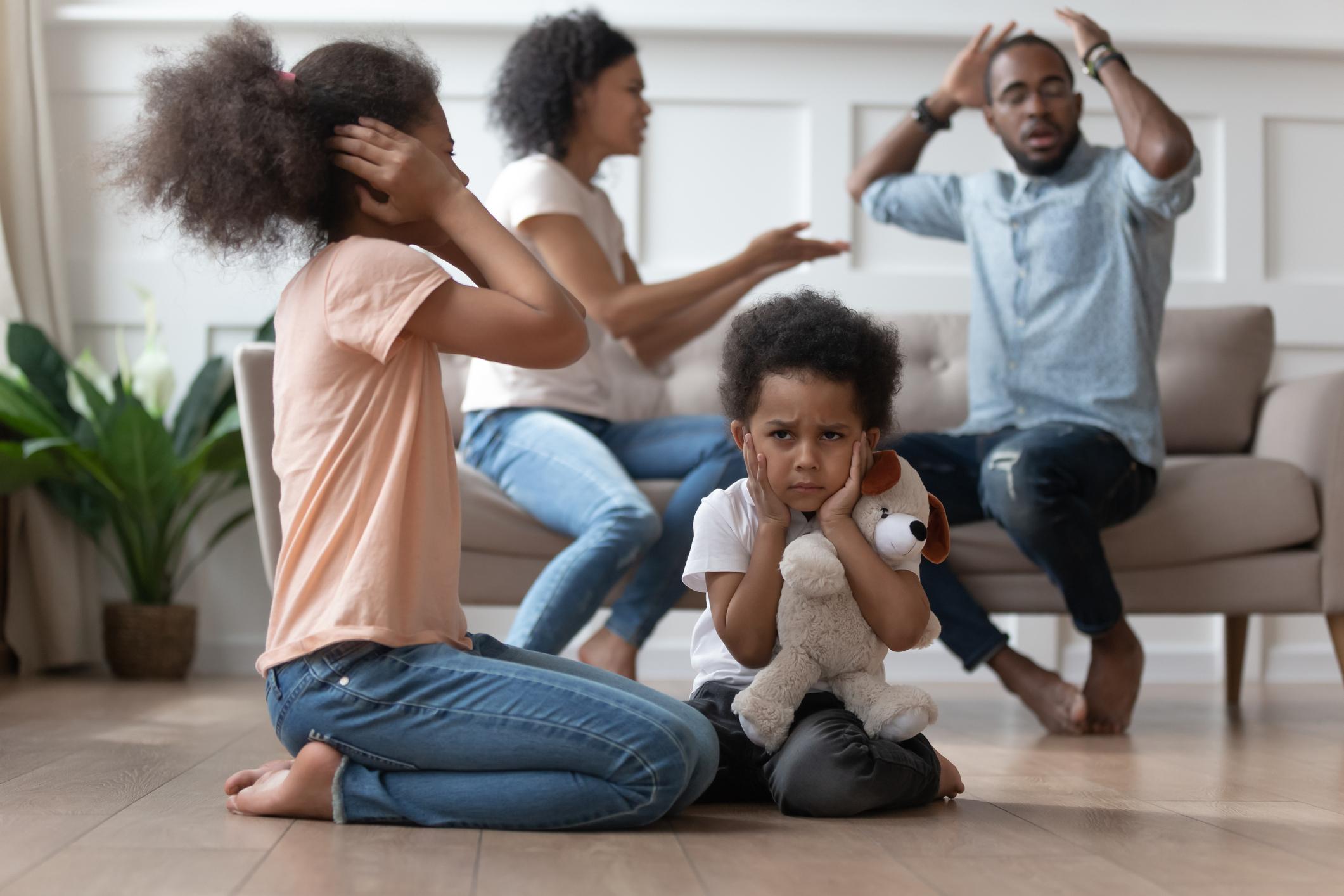 Polarized-parents-arguing