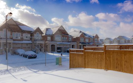 8 Pro Tips for Hiring Moving Services in the Winter