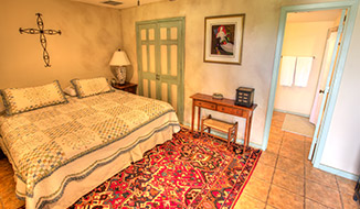 bedrooms_titile-moonroom_bedroom
