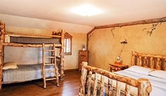 Upstairs_Bedroom_B