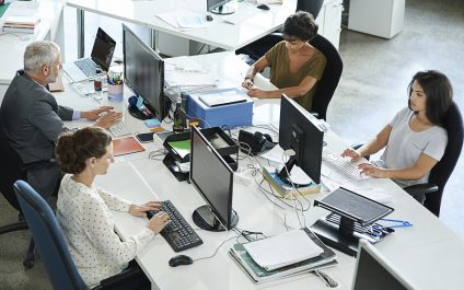 IT helpdesk professionals can enhance their efficiency by breaking these bad habits