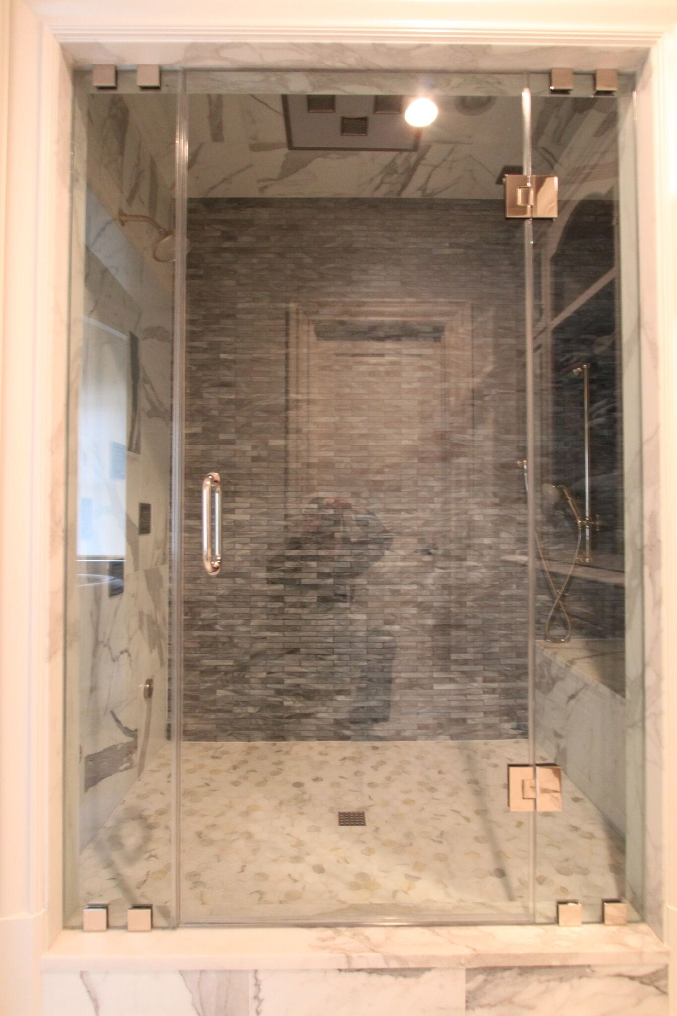 Frameless Shower 3.2-min