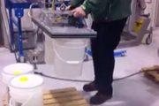 Vacuum Pail Handling Solution