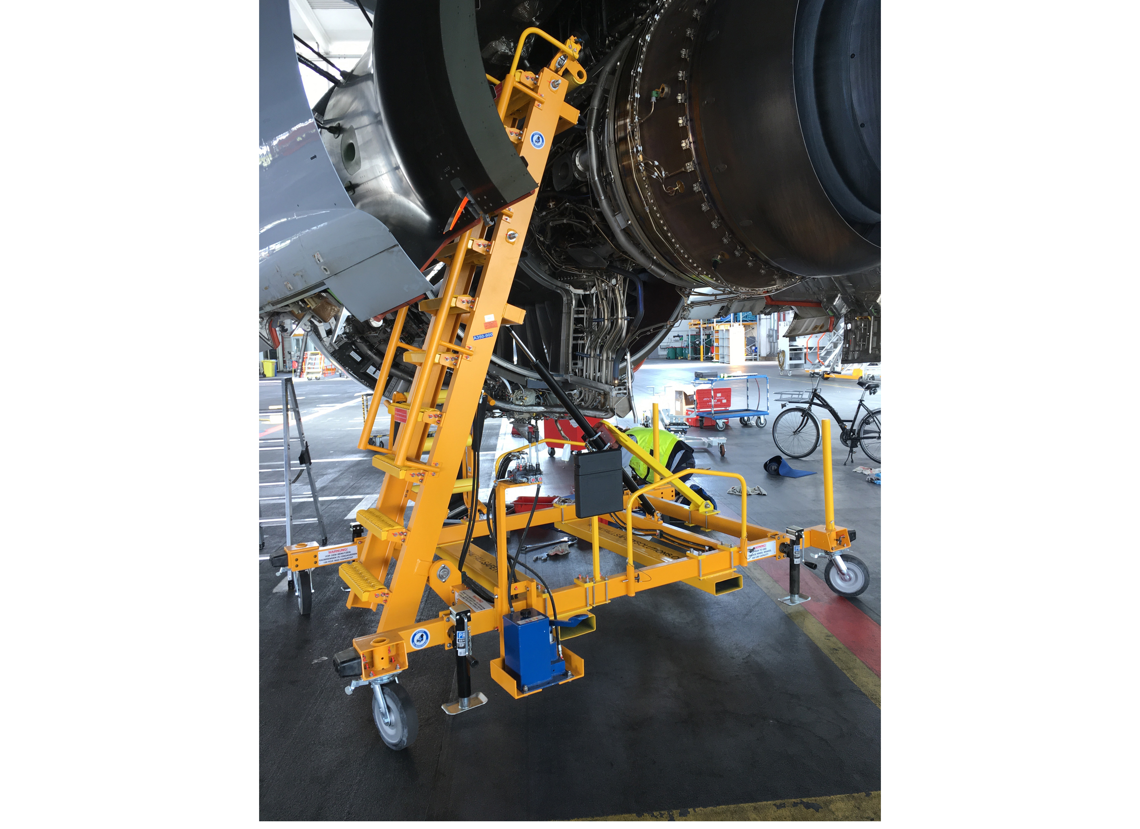 Aircraft Maintenance and Engine Access Stand