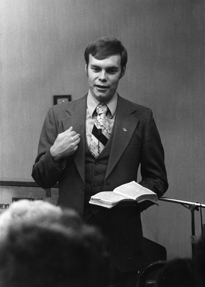 Andrew teaching the Word   1970s