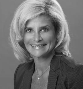 Angela  Singer
