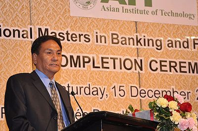 Bhutan and Bangladesh senior bankers address 2012 graduates of PMBF