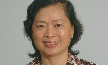 Professor Nguyen Thi Kim Oanh bestowed with the title of Professor Emeritus
