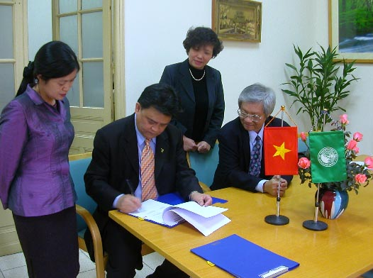 AIT Renews Cooperation with Vietnam | Asian Institute of