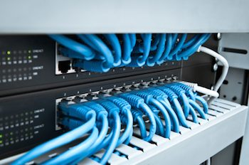 The Pros and Cons Of Implementing A Virtual Desktop Infrastructure In Your Business