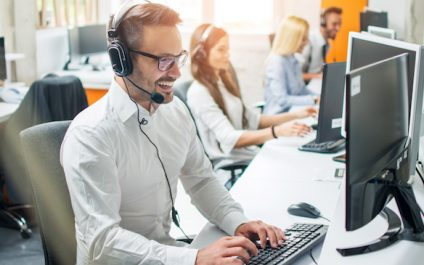 What Kind Of Customer Service Desk Experience Do You Provide?