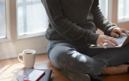 How to set a healthy work-life balance while working remotely