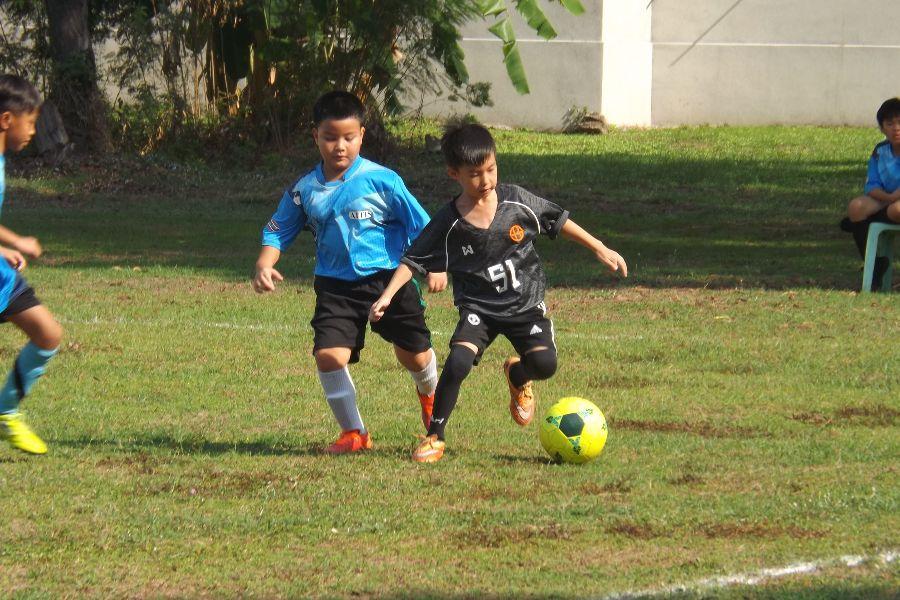 Football AITIS-Satit_15