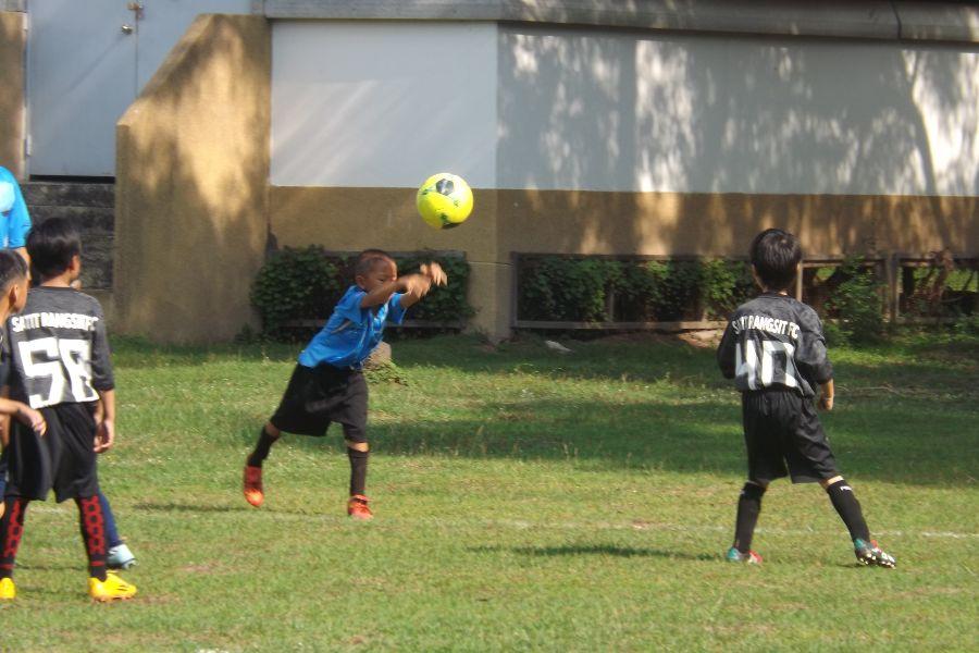 Football AITIS-Satit_16