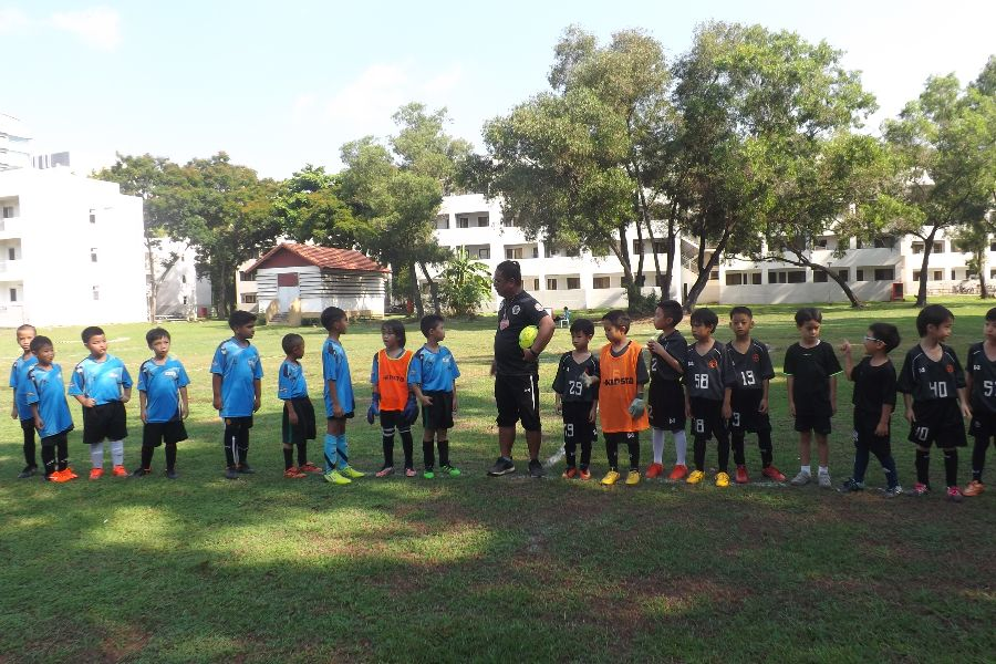Football AITIS-Satit_4