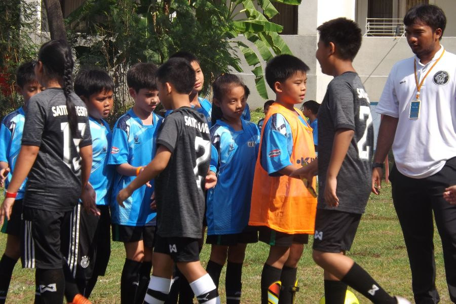 Football AITIS-Satit_61