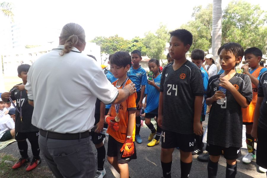 Football AITIS-Satit_75