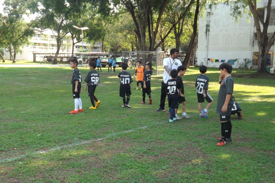 Football AITIS-Satit_9