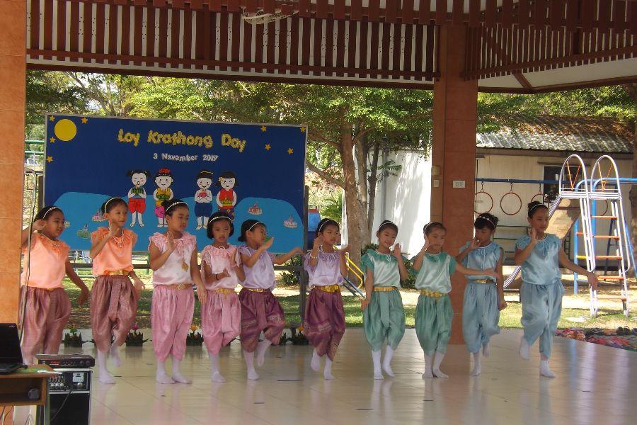 Loy Krathong27