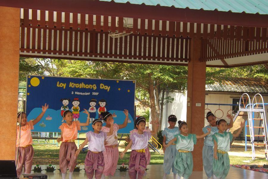 Loy Krathong30