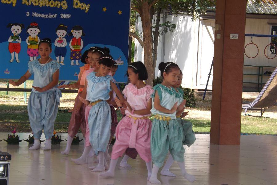 Loy Krathong35