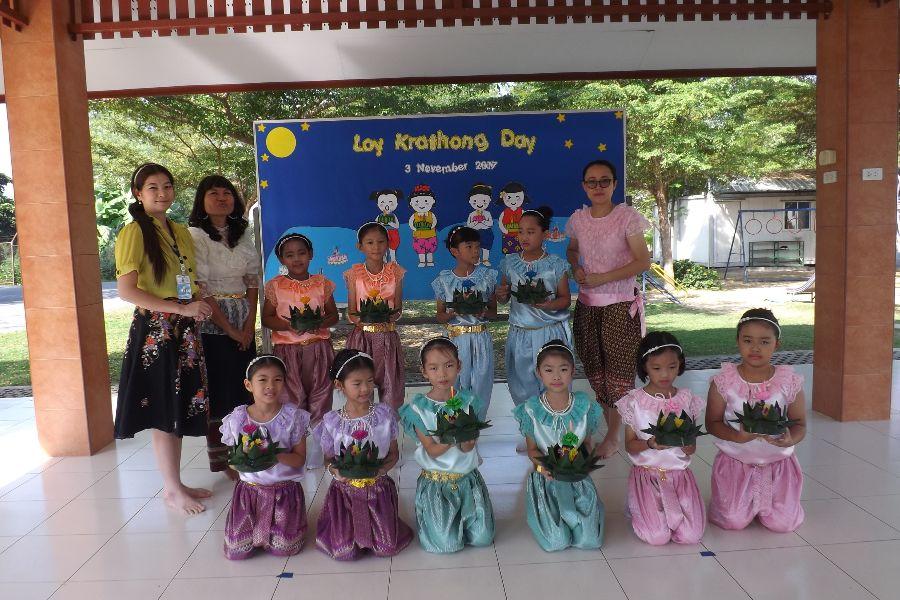Loy Krathong4