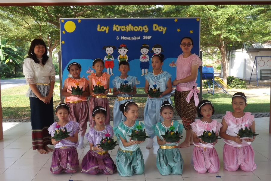 Loy Krathong5