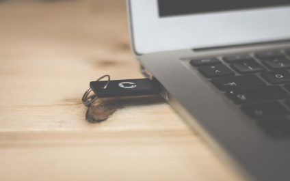A Reminder To Delete What's On Your Old USB Sticks