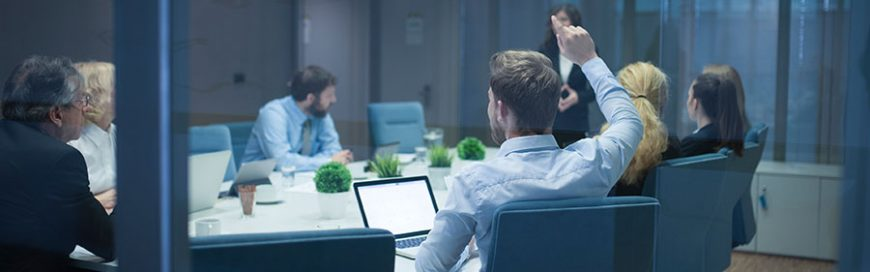In-House IT vs. Managed IT Services: Pros and cons for small businesses