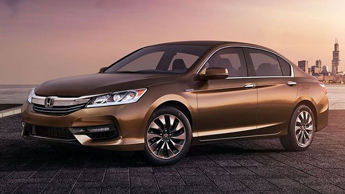 2017-Honda-Accord-Hybrid-01