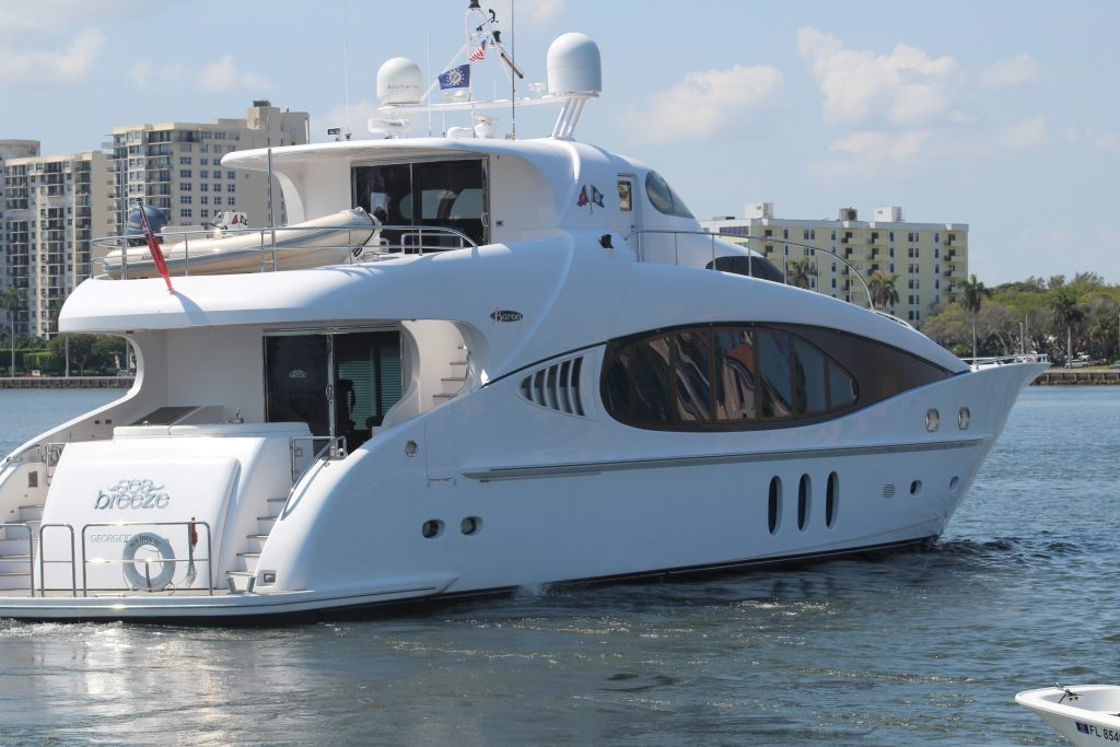 sea-breeze-yacht-photos-26-1024x683