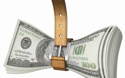 4 WAYS VOIP CUTS YOUR EXPENSES