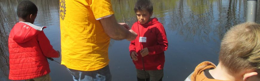 Noon Rotary assists with fishing event at Blue Lotus Farm