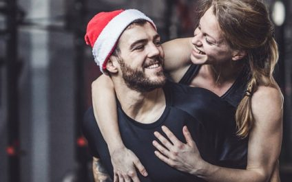 Stay fit during the holidays with these effective diet & exercise tips
