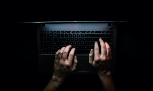 sideimg-how-riverbank-dark-web-monitoring-protects-your-business