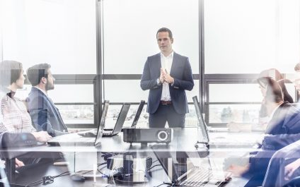 7 Reasons Why You Need an IT Team to Crush Your Competition