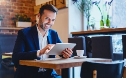 Top 8 Zoom Mobile Tips & Tricks