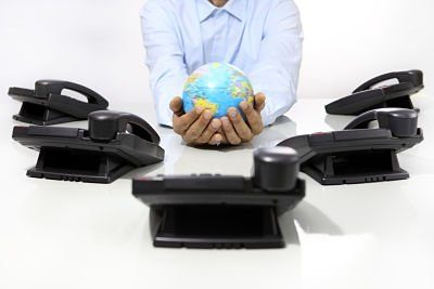 How to Choose a VoIP Telephone Provider for Small Business
